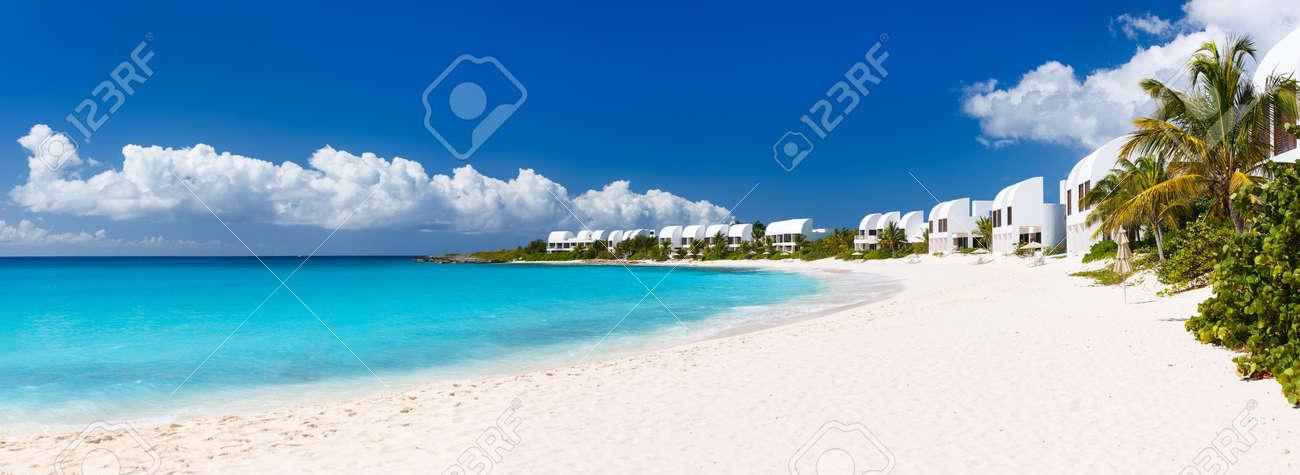アンギラ島、カリブ海の美しいビ...
