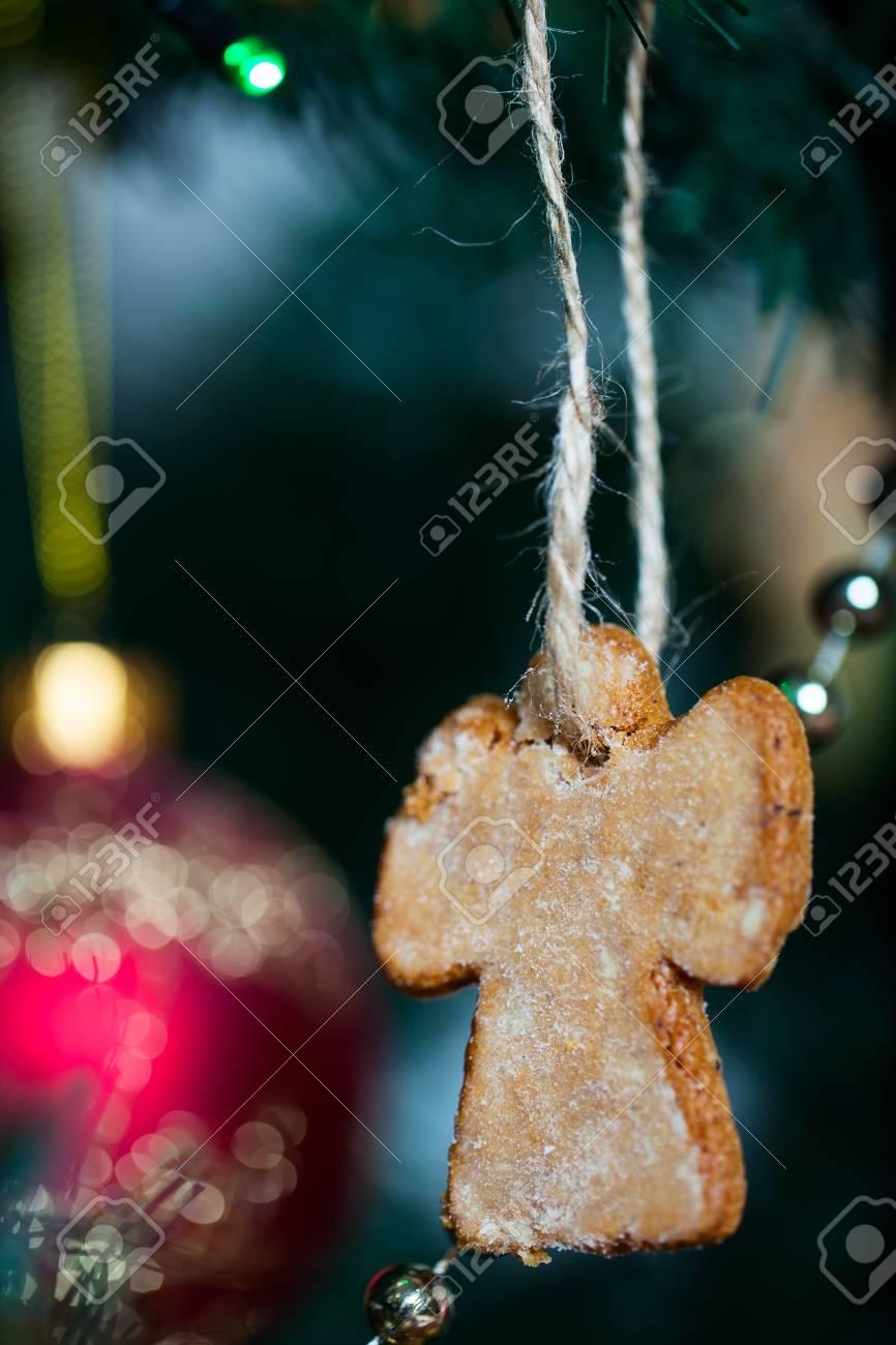 Albero Di Natale Fatto Con I Biscotti.Immagini Stock Albero Di Natale Decorato Con I Biscotti Di Pan Di