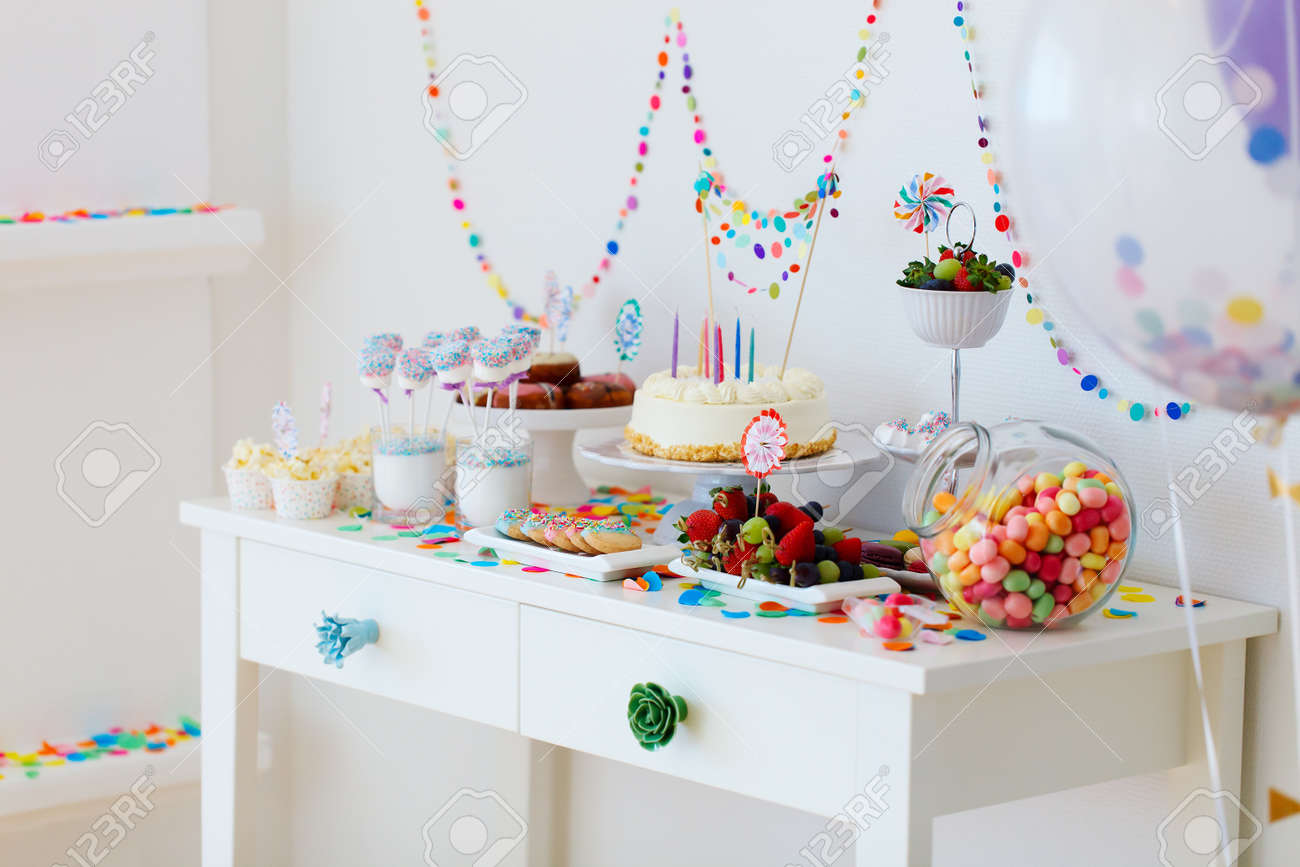 Стол на День Рождения ребенка 1 год