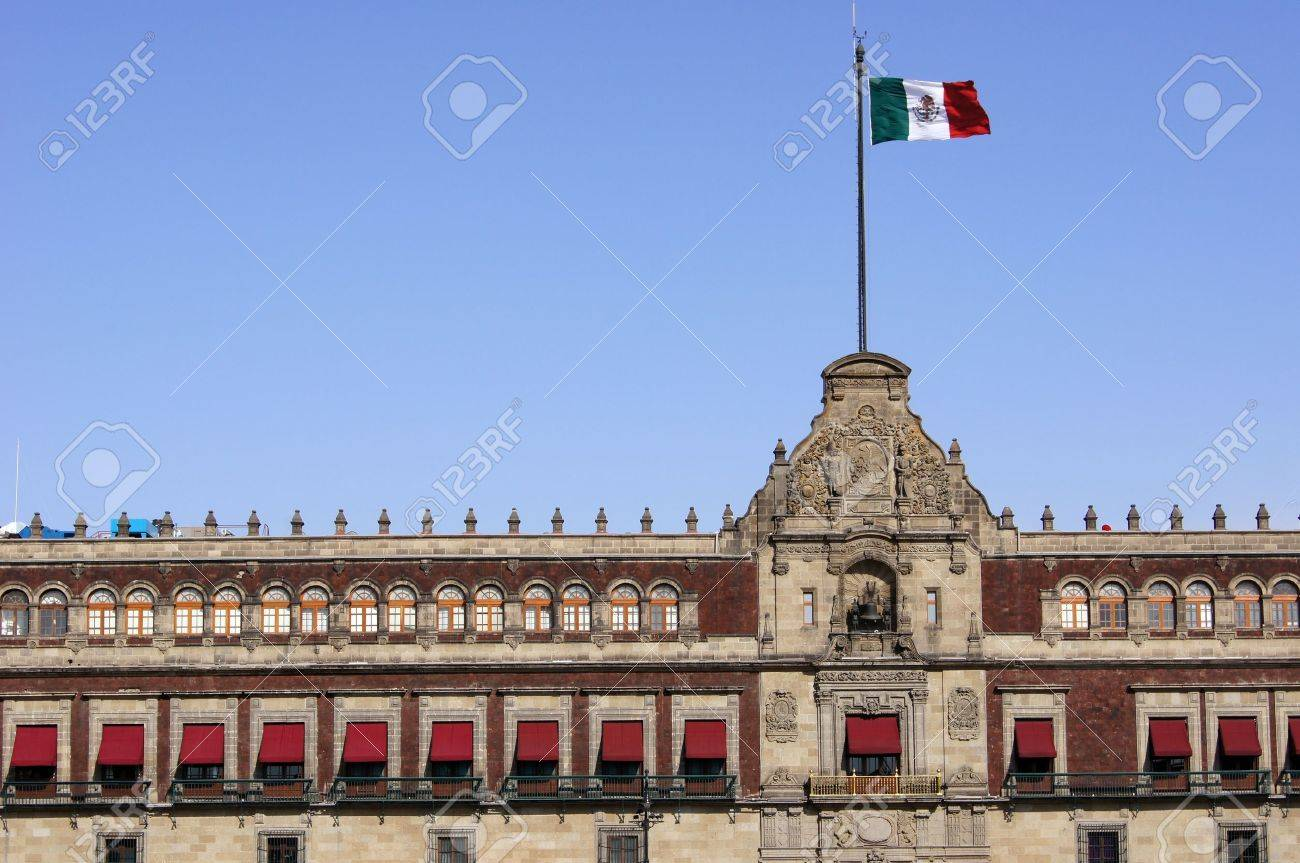 Mexican flag on the roof of President palace in Mexico Stock Photo - 9839149 & Mexican Flag On The Roof Of President Palace In Mexico Stock Photo ... memphite.com