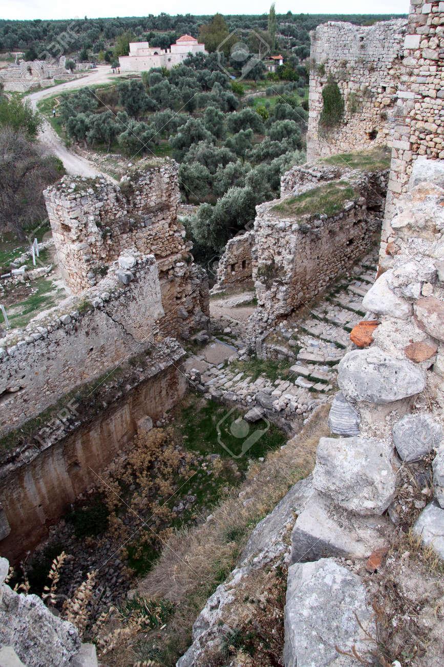 Ruins of fortress near Milas, Turkey Stock Photo - 16651372