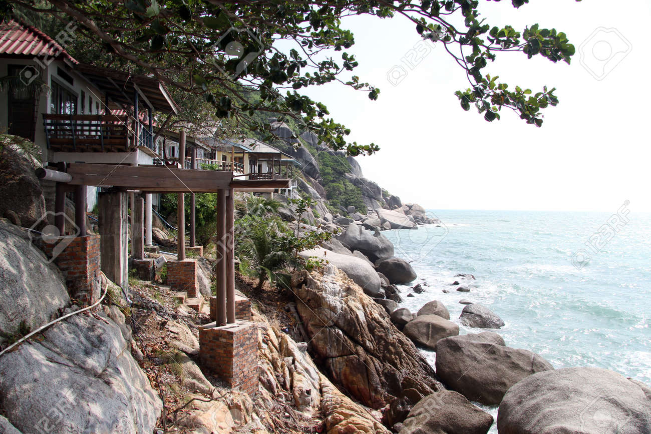 Wooden bungalows on the coast in Ko Phangan, Thailand Stock Photo - 17372259