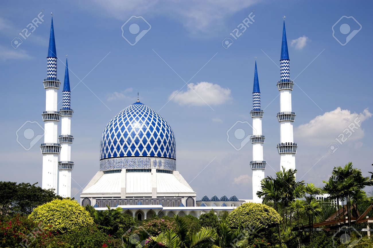 Sultan Salahuddin Abdul Aziz Shah Mosque Or Commonly Known As Stock Photo Picture And Royalty Free Image Image 2824436