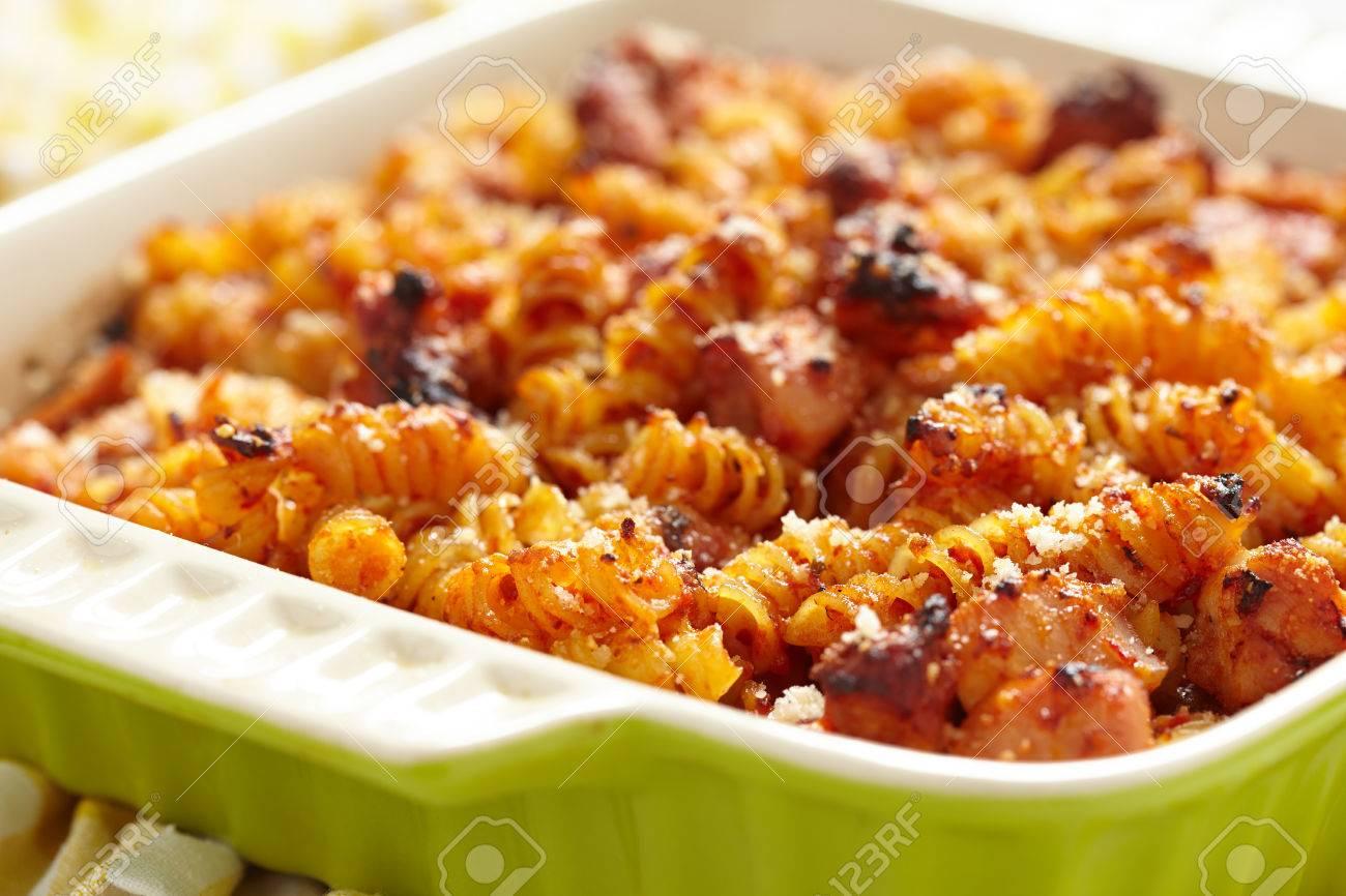 Tomato sauce and cheese pasta recipe