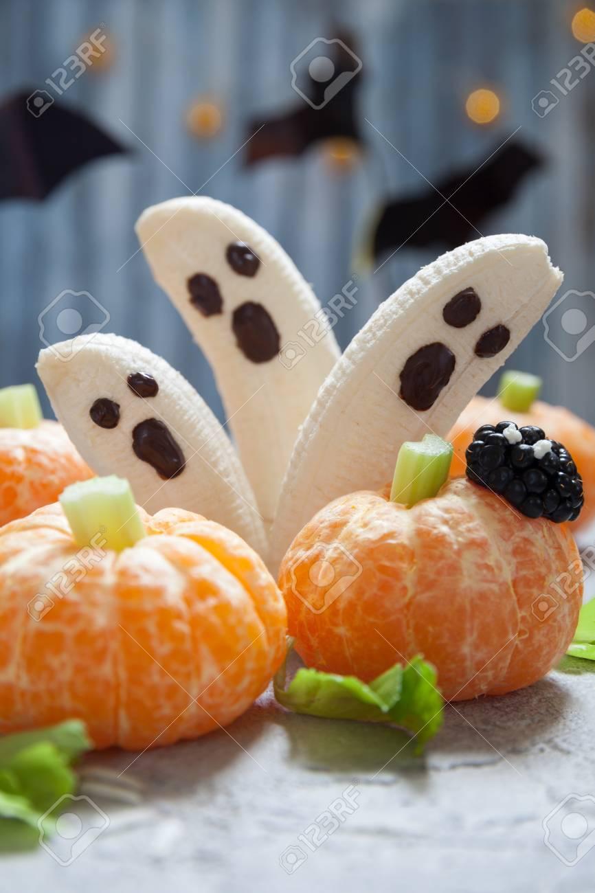 Gesunde Frucht Halloween Leckereien Bananen Geister Und Clementine