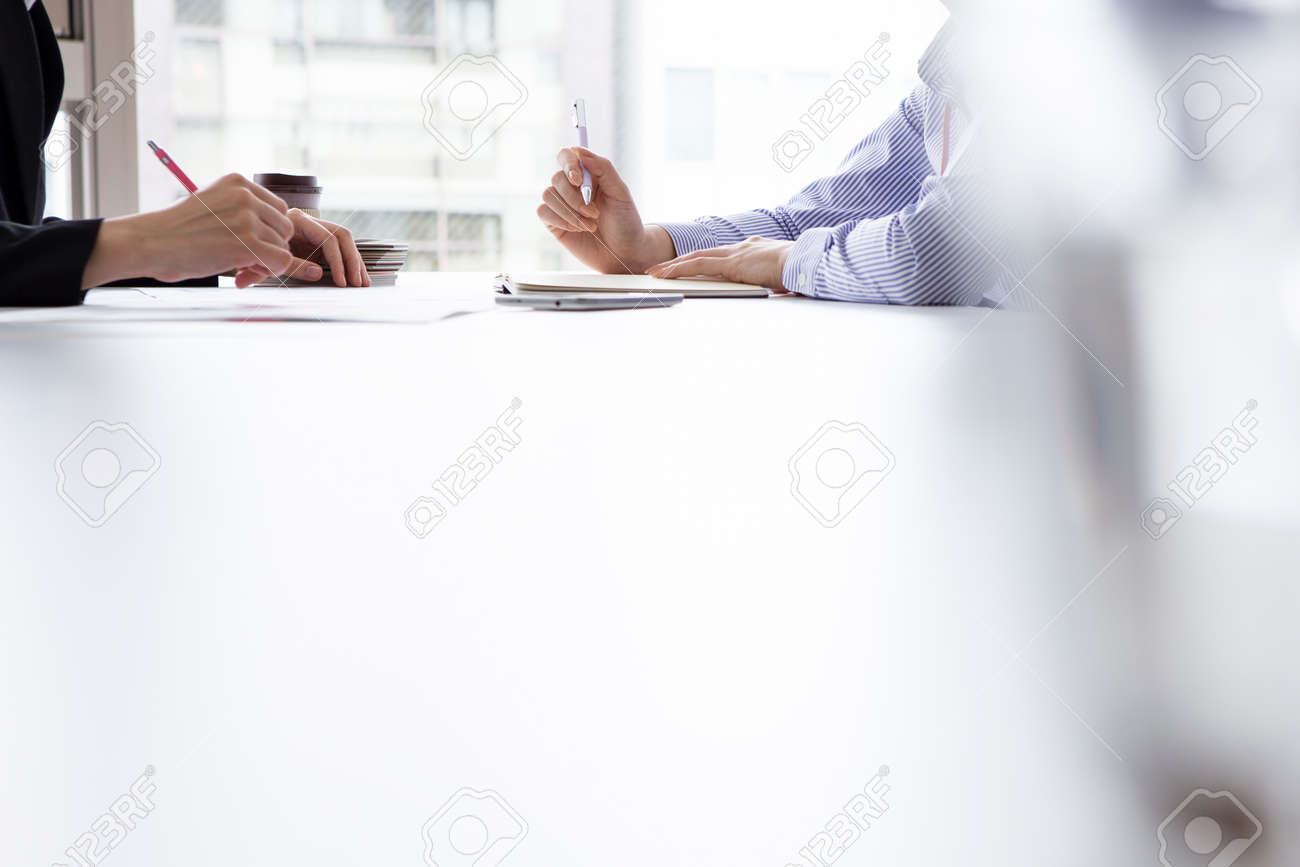 Business women are doing an interview in the office Stock Photo - 50436175