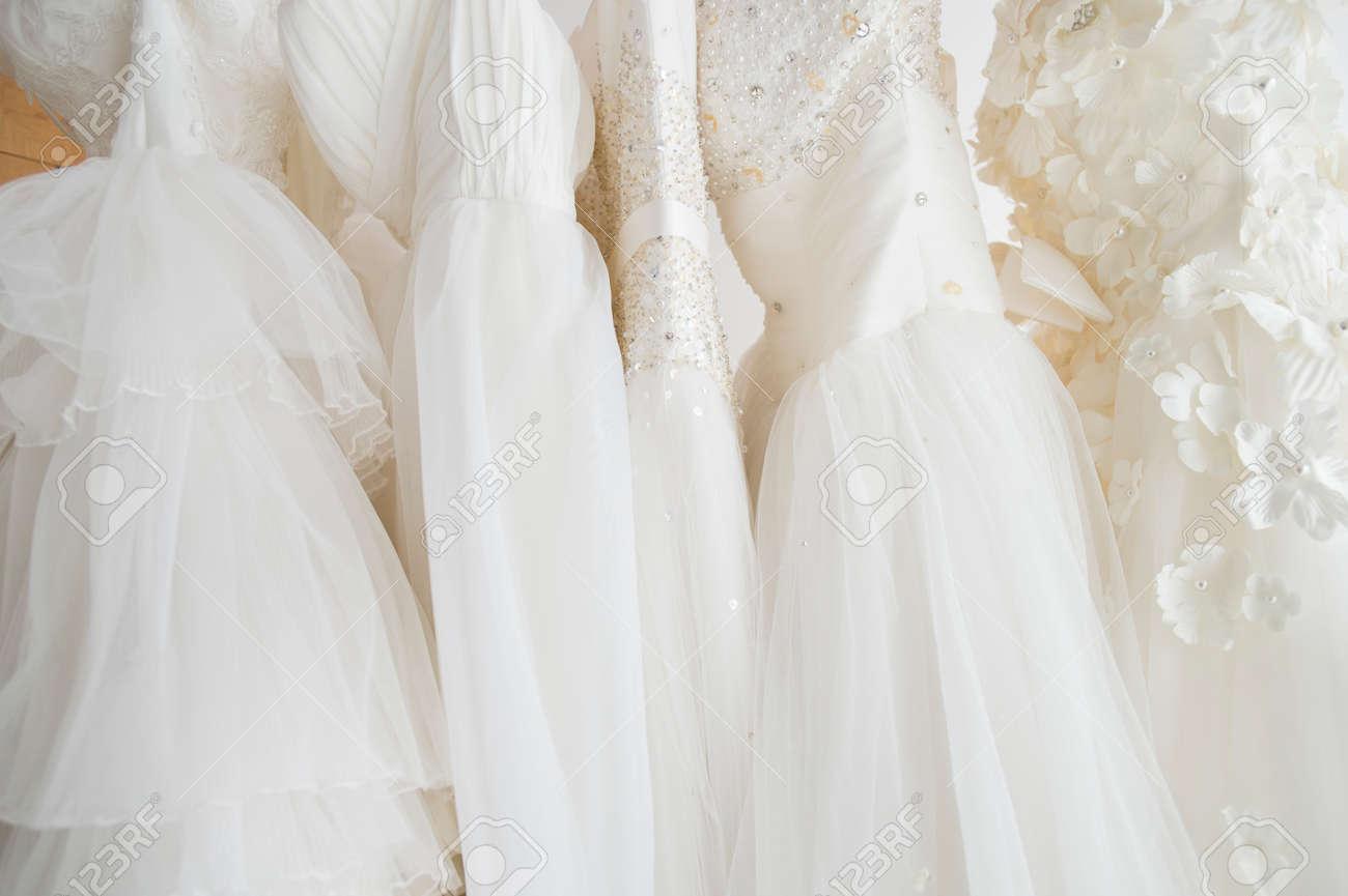 Wedding dress shop - 50436328