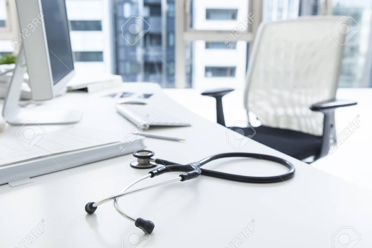 Stethoscope that is placed on the doctor's desk Stock Photo - 51550658