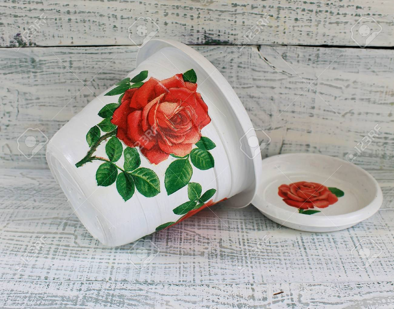 Beautiful decorative pot for indoor flowers, handmade decoupage