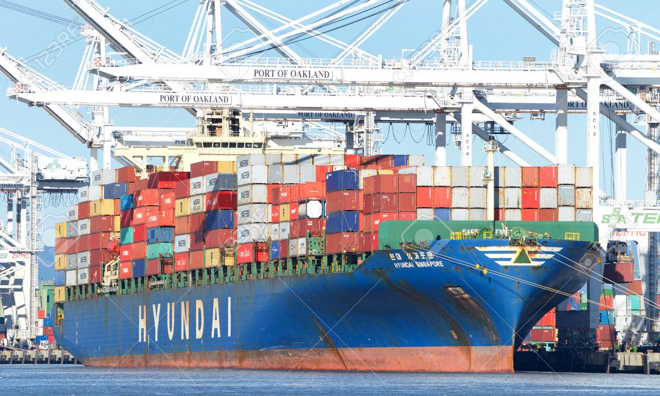 Oakland, CA - February 05, 2019: Cargo ship HYUNDAI SINGAPORE