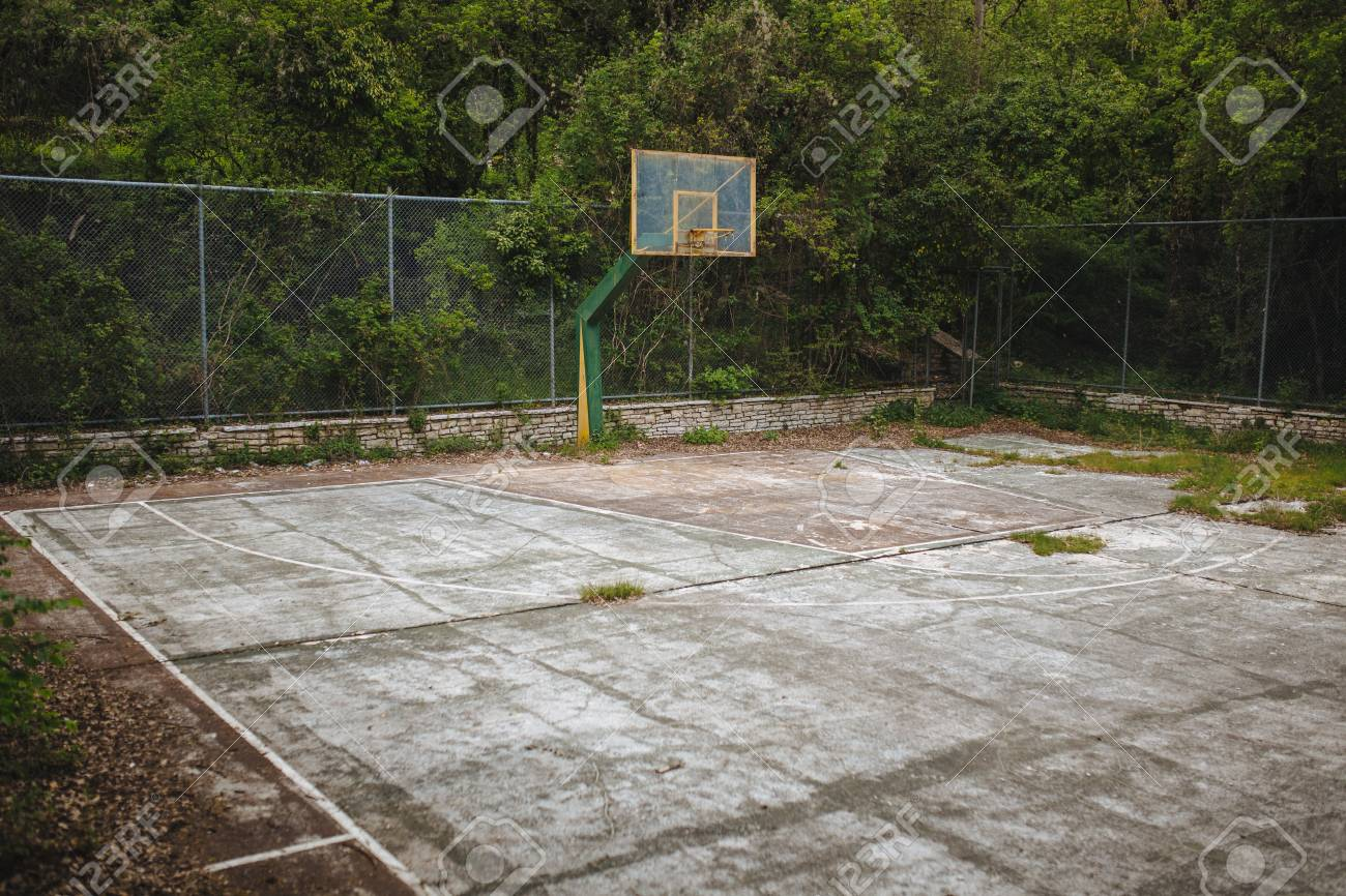 basketball hoop in the backyard Stock Photo - 104160446 - Basketball Hoop In The Backyard Stock Photo, Picture And Royalty