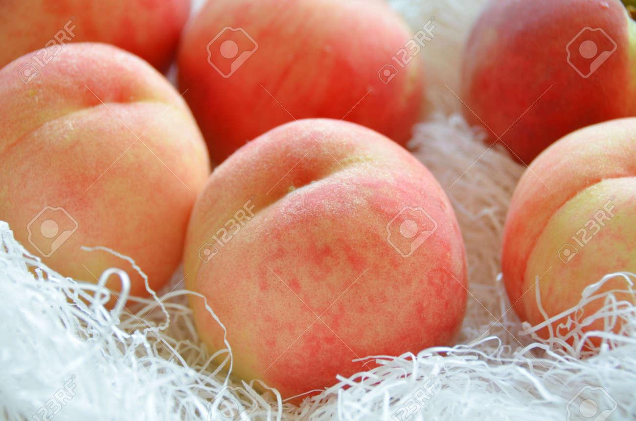 peach - 26932985