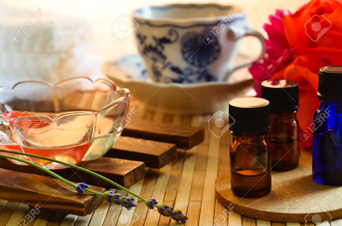 essential oils for aromatherapy treatment - 44585889