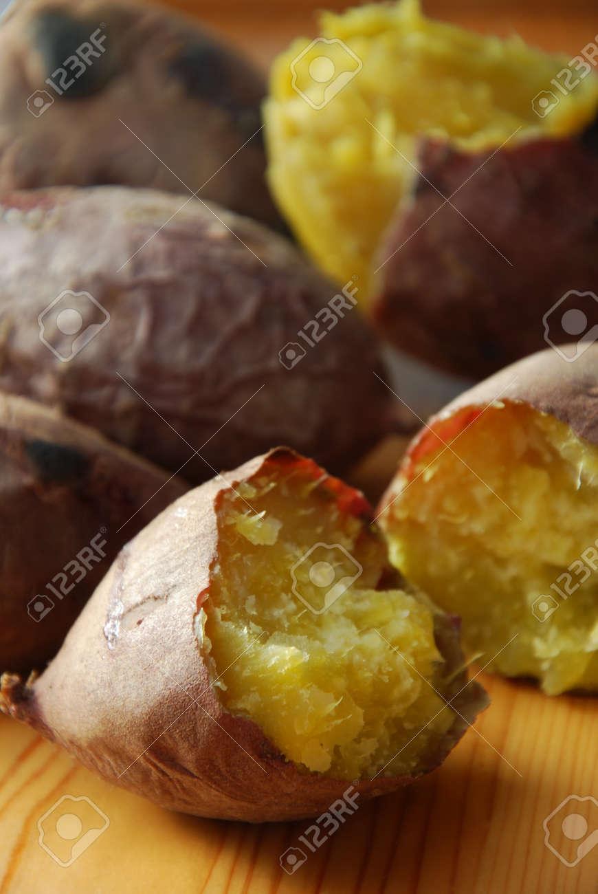 baked sweet potato - 48342222
