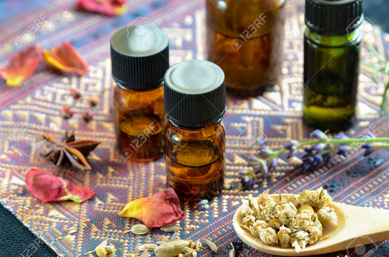 essential oils for aromatherapy treatment - 54571932
