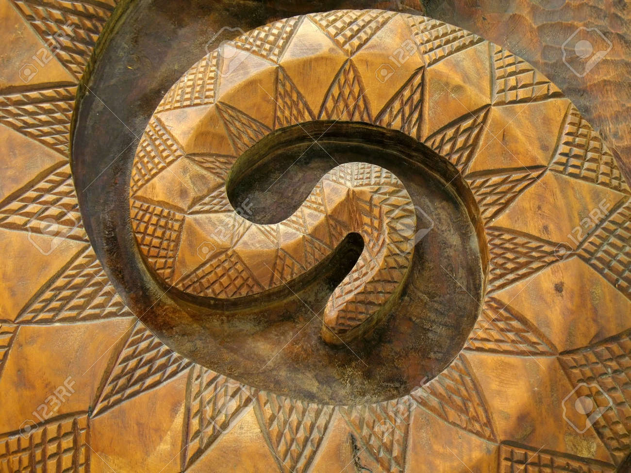 Wooden Snake -- this is a common pattern among Taiwan's native people Stock Photo - 3219582
