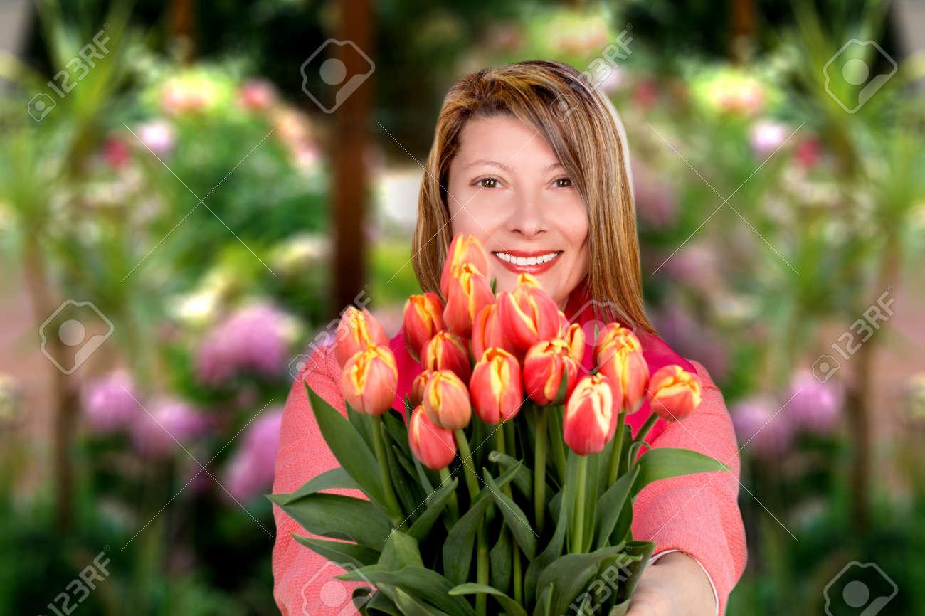 Фото женщины средних лет 6 фотография