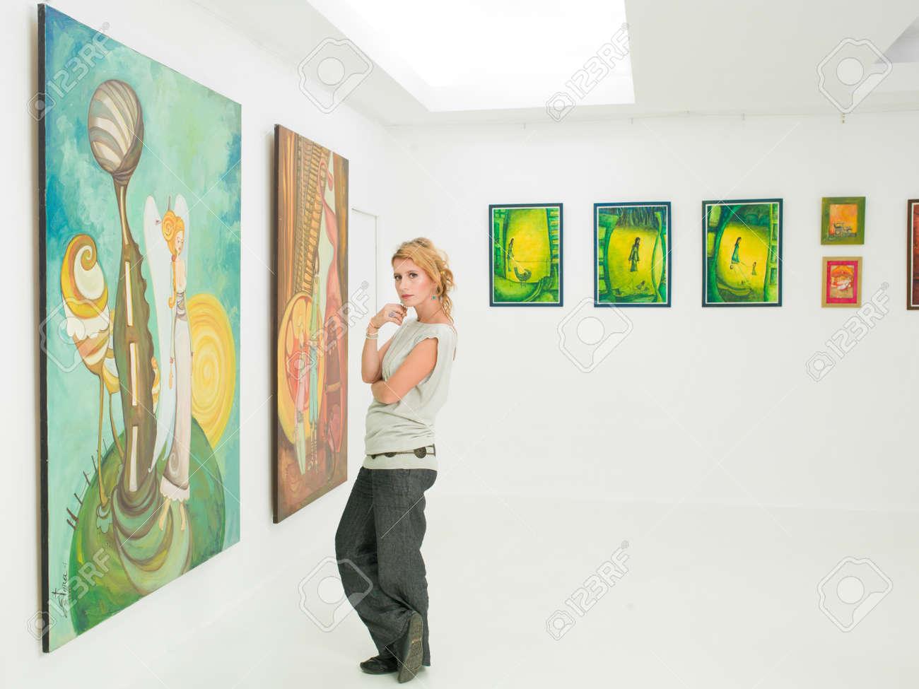 Галерея скачать фотографии женщина 3 фотография