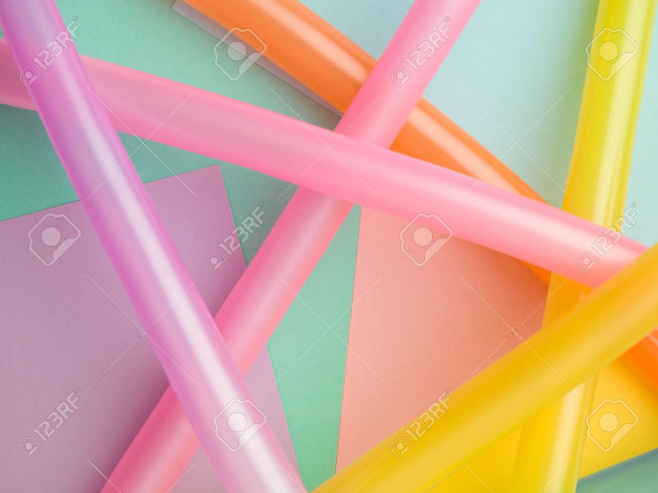 Composicion Del Extracto Colorido De Los Globos Largos En Las Formas - Formas-con-globos-largos