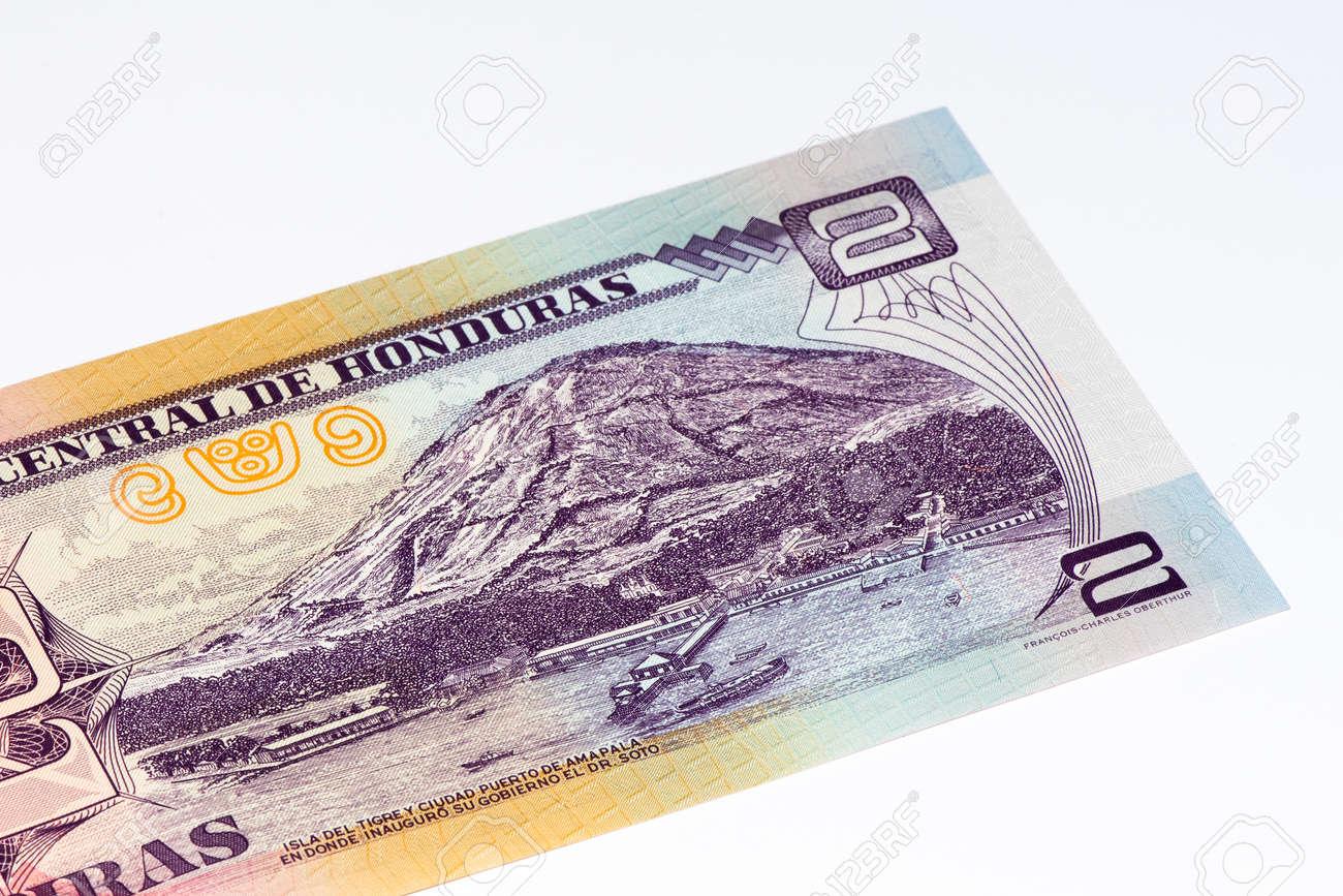 2 Lempiras の銀行券。レンピラ...