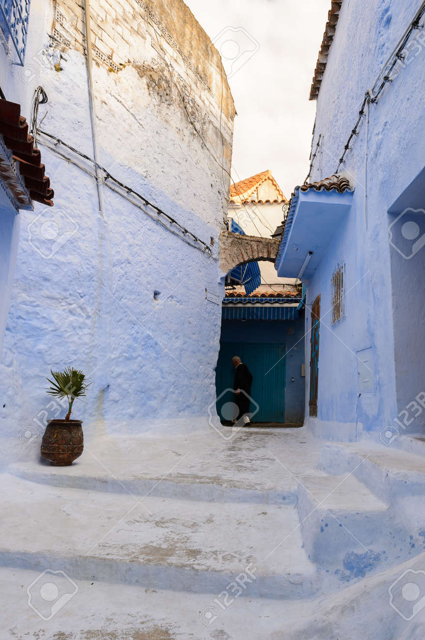 Paredes Pintadas De Azul De Las Casas En Chefchaouen Pequeno Pueblo - Paredes-pintadas-de-azul