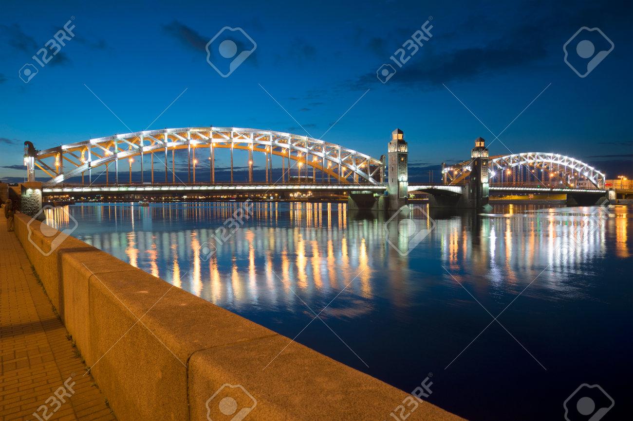 Bolsheokhtinsky Bridge in St. Petersburg: its history and photo 4