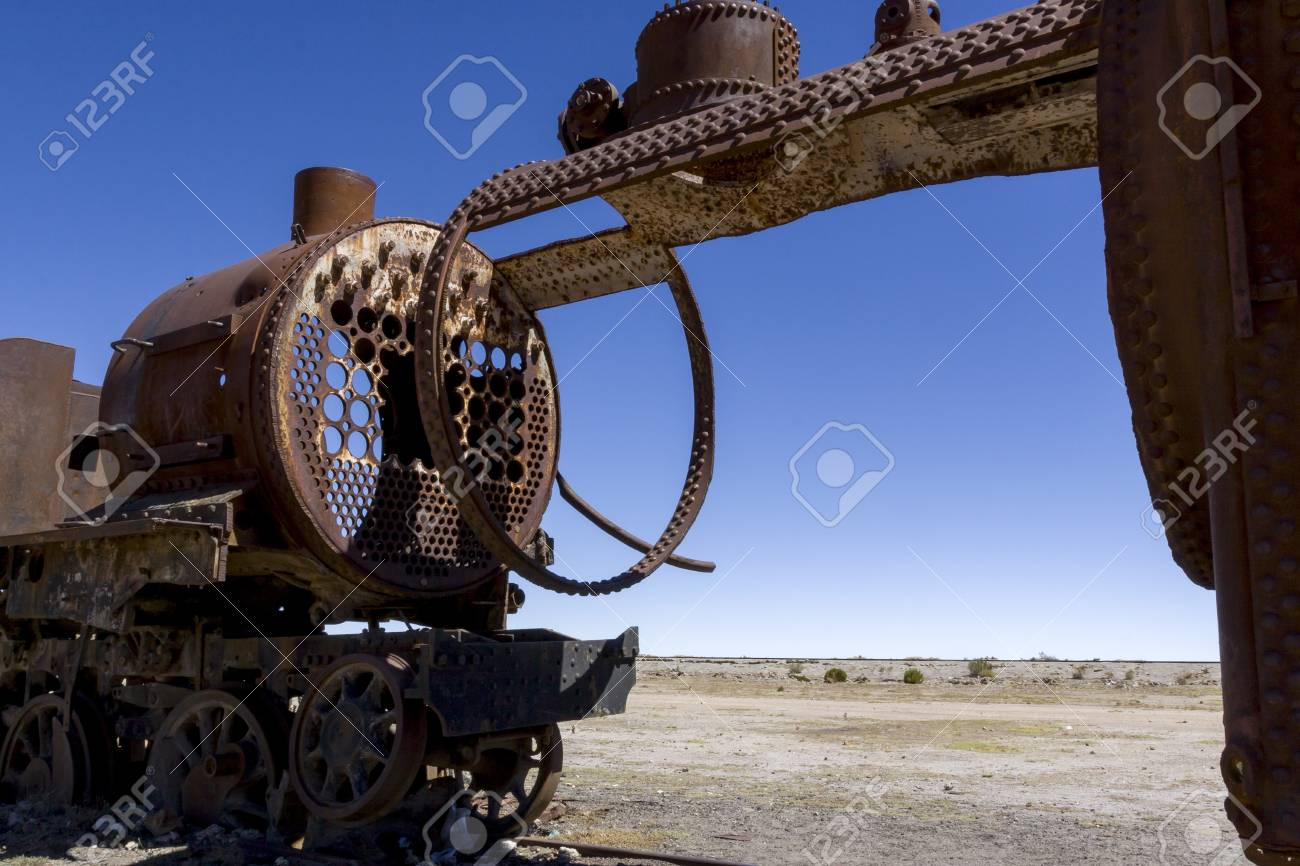 Train cemetery, Salar de Uyuni, Bolivia Stock Photo - 17859350