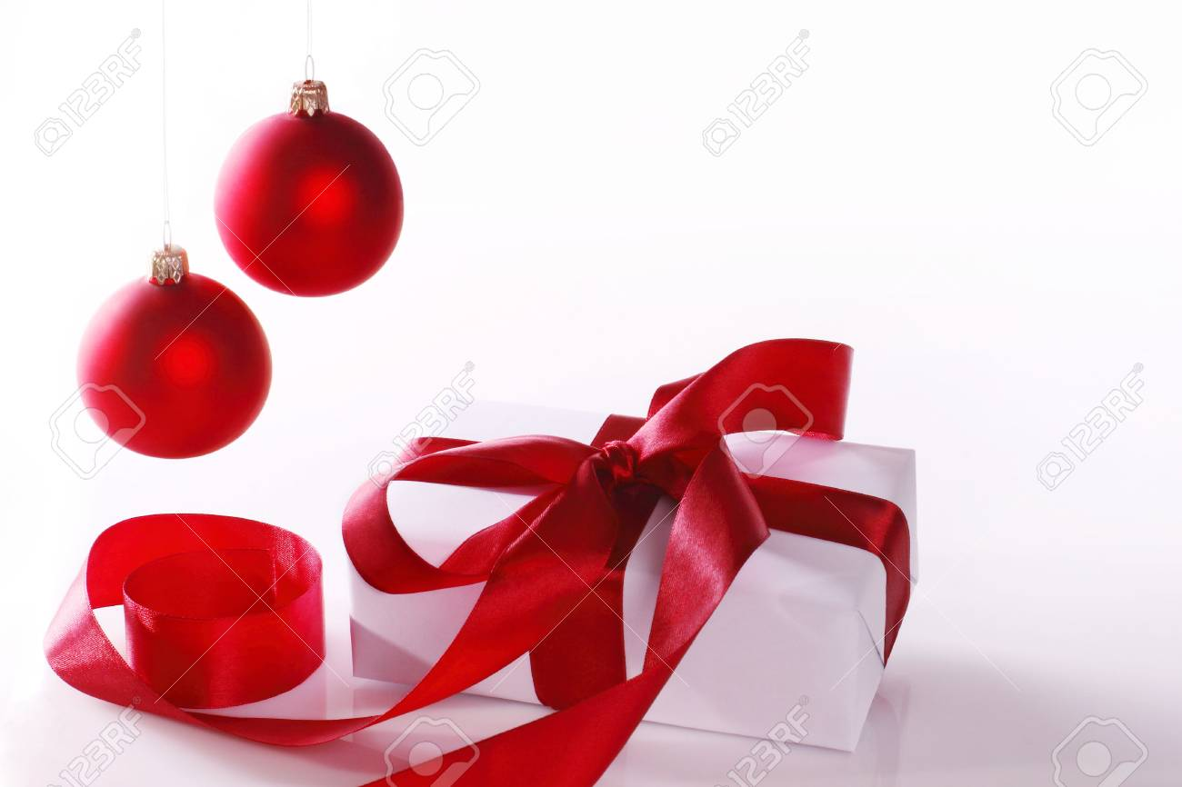 Christmas balls and gift Stock Photo - 6204005