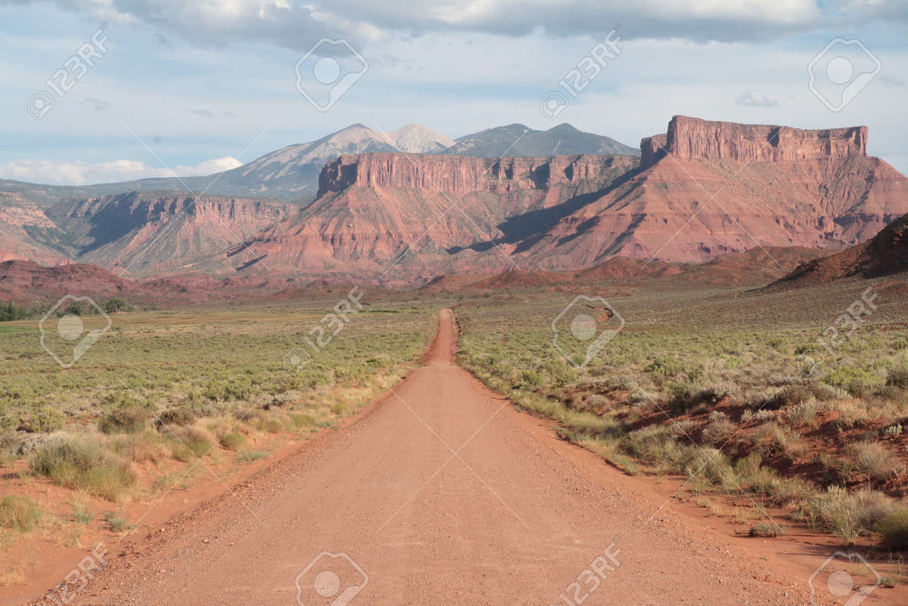 Western Country Road Landscape Utah Usa Road Leads To Nowhere
