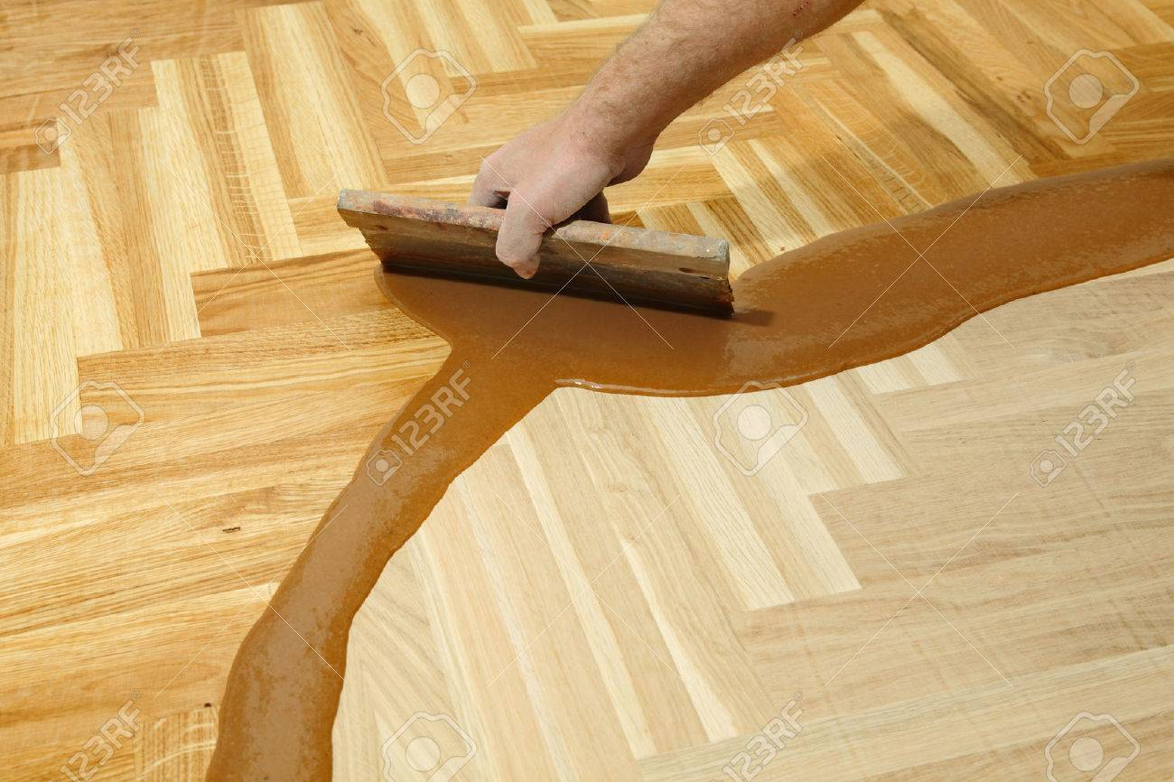 How to varnish parquet 79
