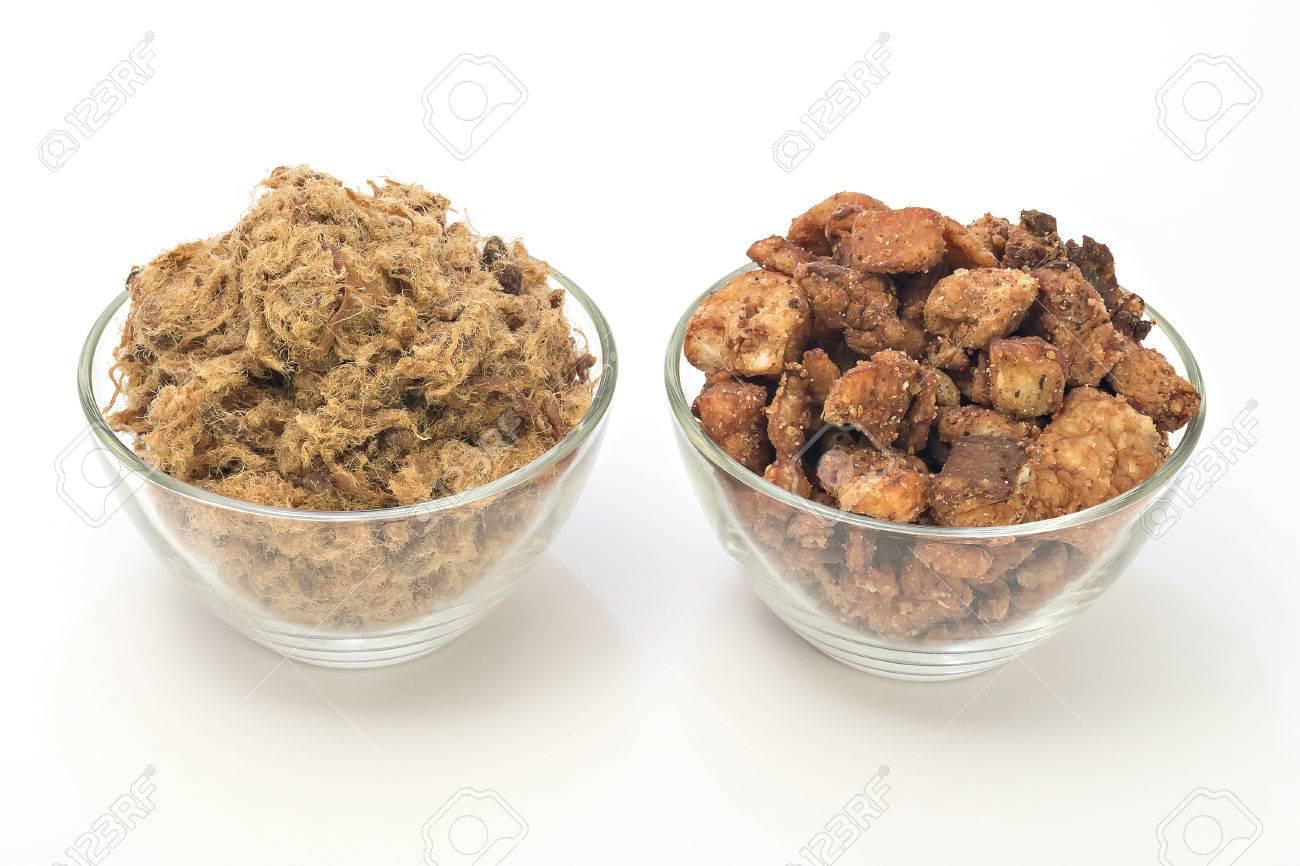 Čvarci odletjeli u nebo 36918888-duvan-cvarci-i-cvarci-pork-greaves-in-bowls-isolated-on-white