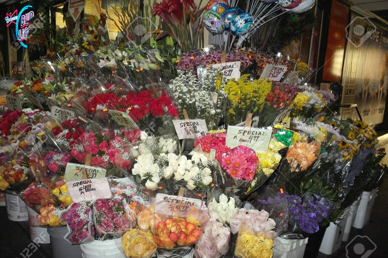 new york, united states - october 08, 2008: flower shop in new..