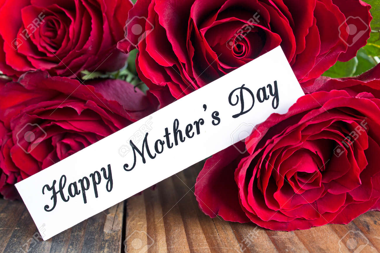 Happy Mothers Day Greeting Card With Bouquet Of Red Roses