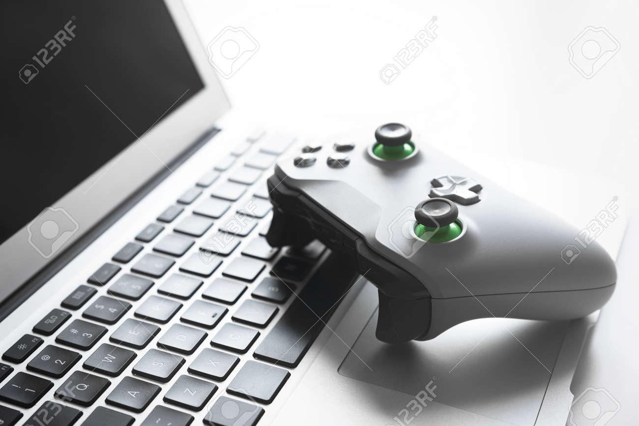 Wireless Game Pad Controller On Laptop Keyboard