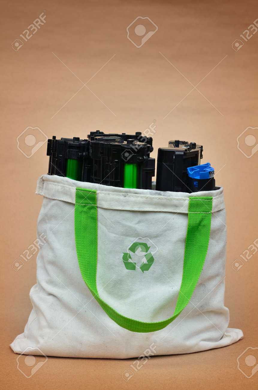 Toner in shopping bag with recycle logo Stock Photo - 14772762