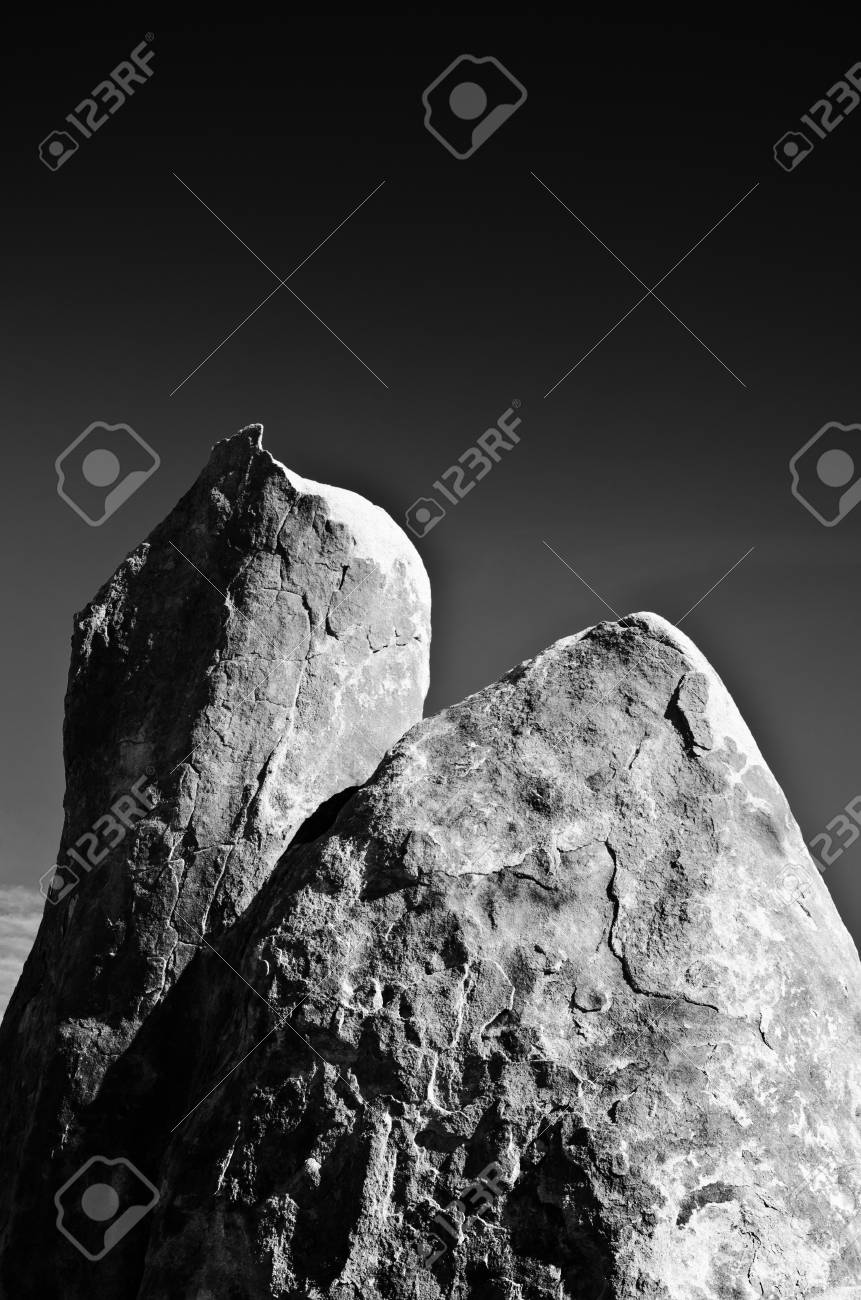 Towering example of the types of rocks found in the Alabama Hills area of California. Stock Photo - 11505807