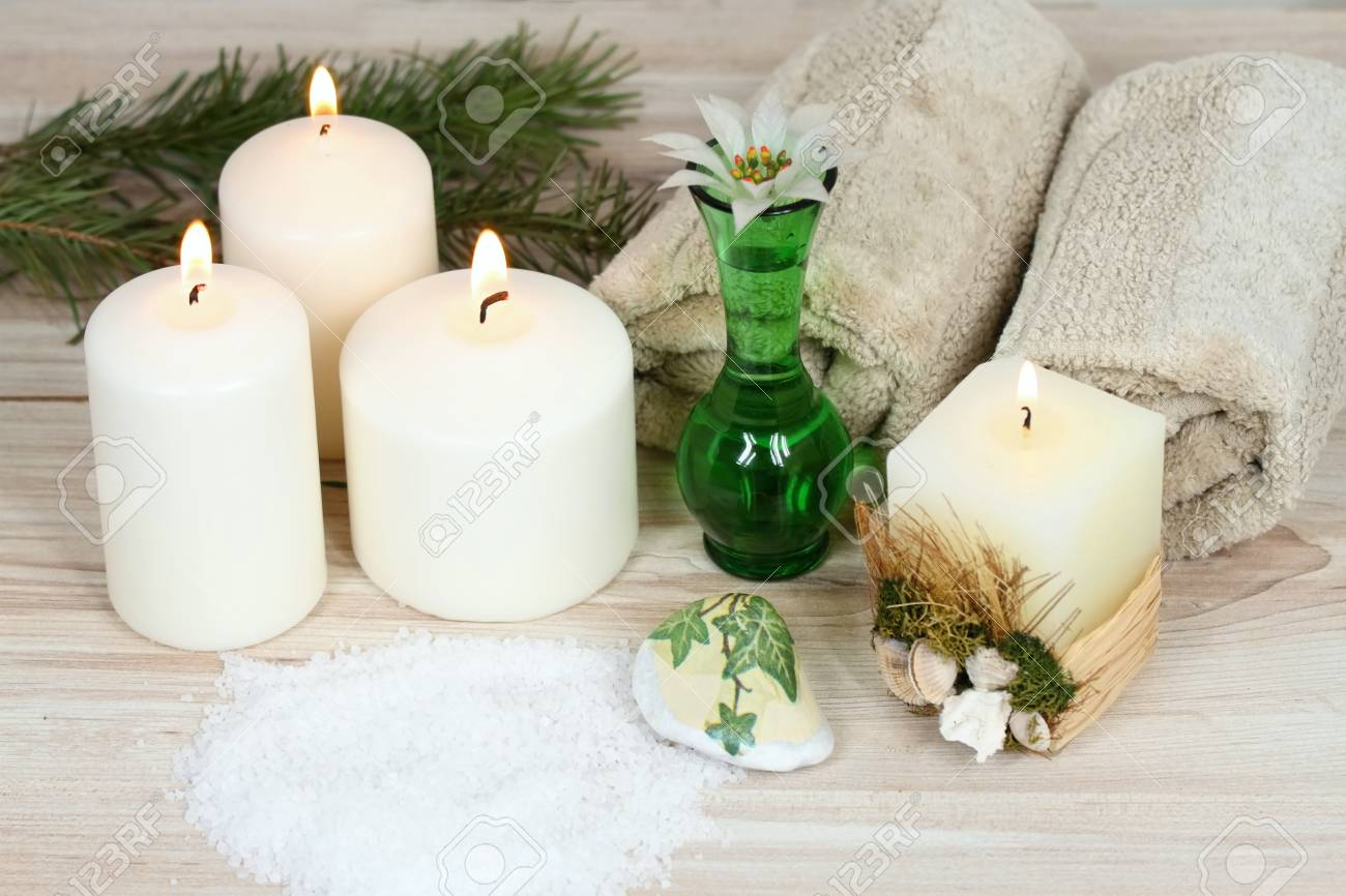 Winter Spa Concept With Candles. Aromatherapy Treatmen, Bath.. Stock ...
