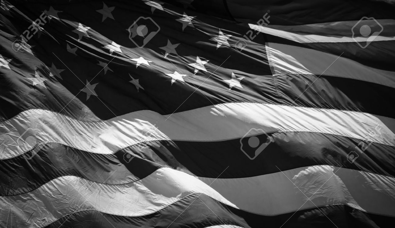 A close up of an American Flag waving in the wind. Banque d'images - 9857322