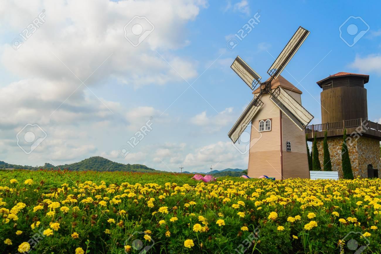 Wind Turbine at chonburi province (Thailand.) Stock Photo - 18620562