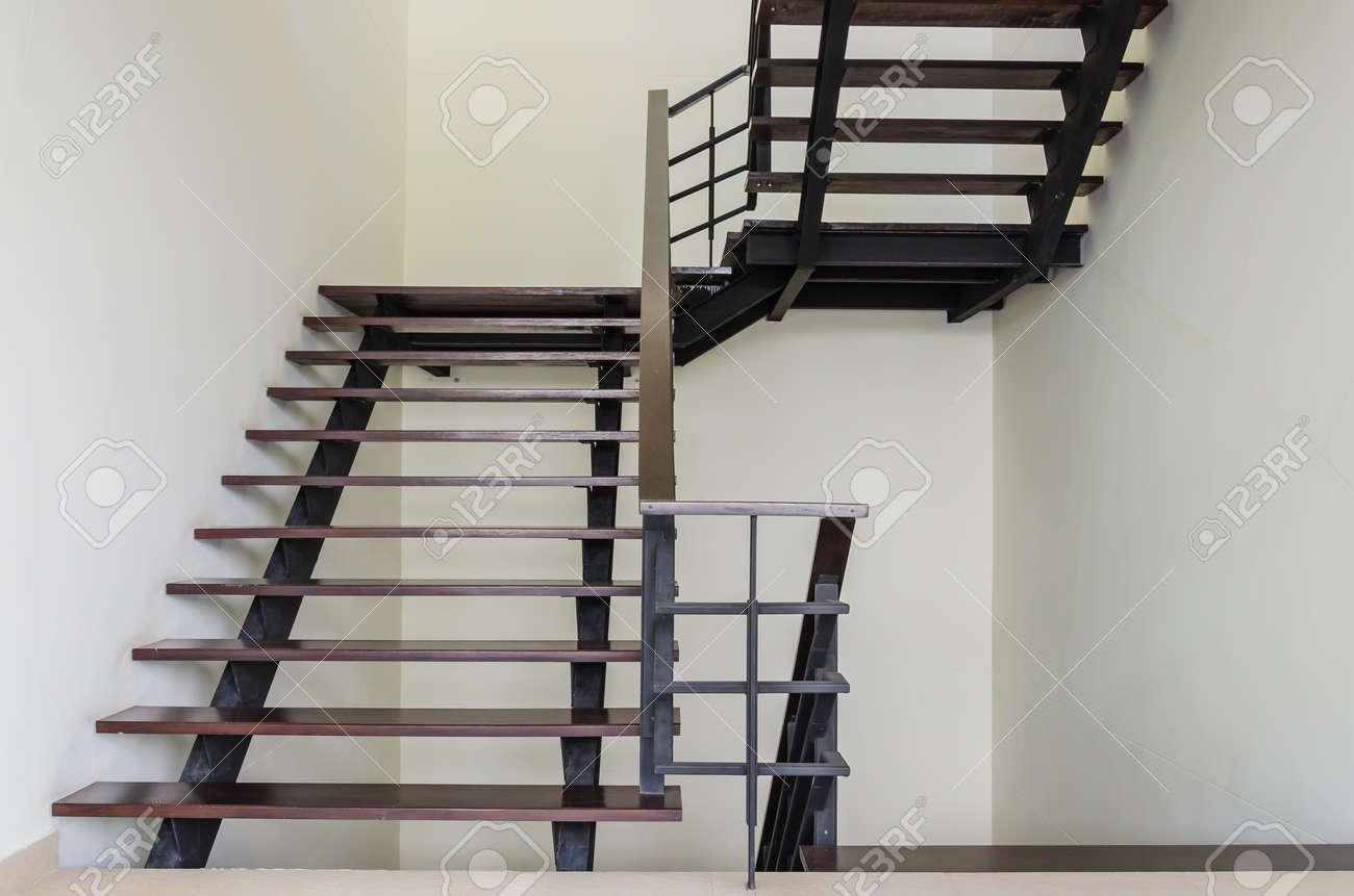 staircase Standard-Bild - 20367616