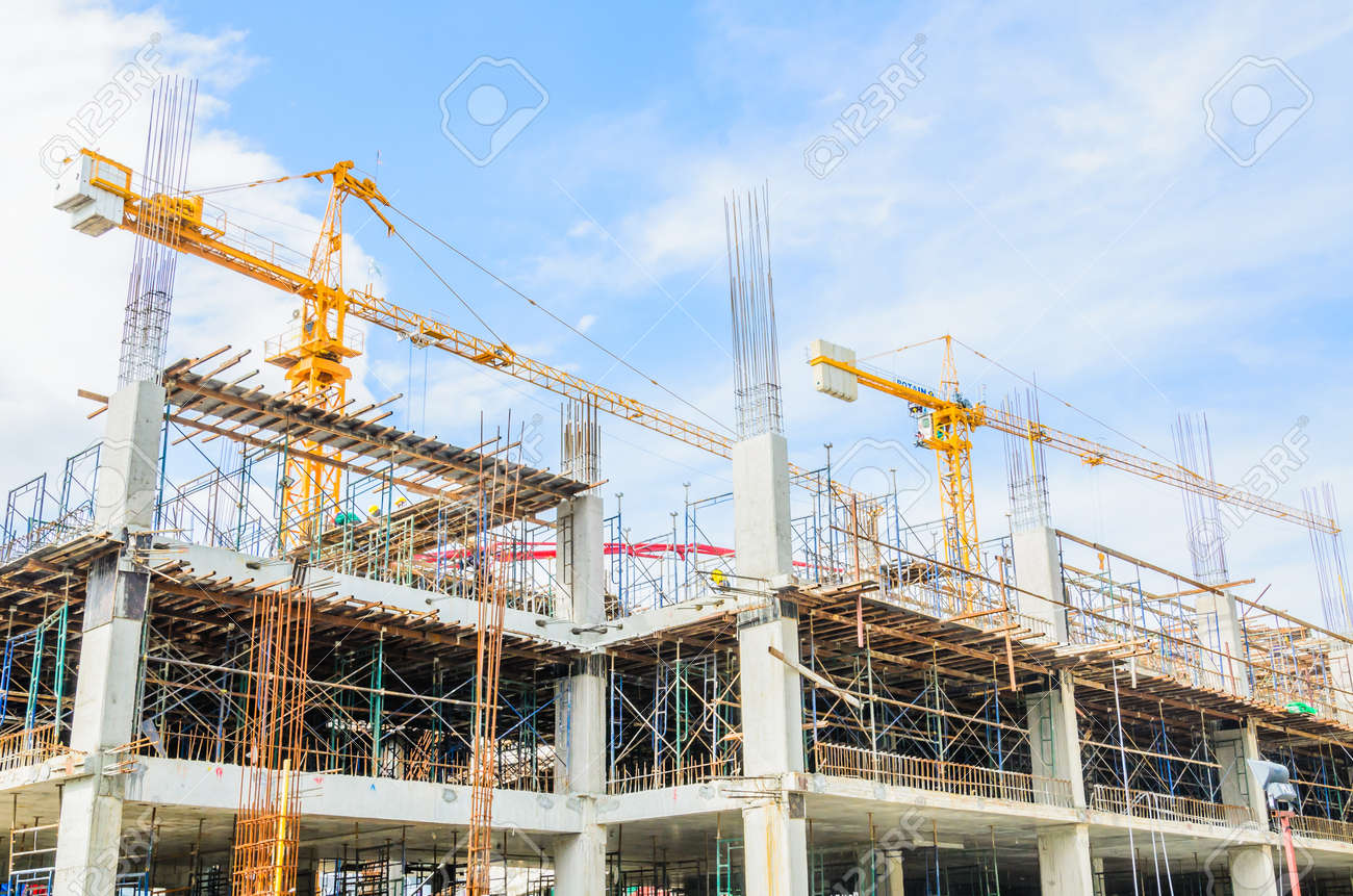 Construction crane building tower Standard-Bild - 25289628