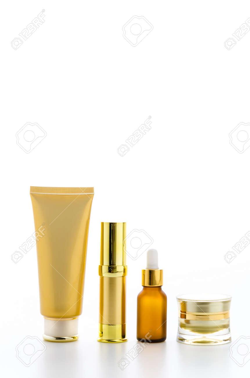 Cosmetics bottles isolated on white Standard-Bild - 27916651