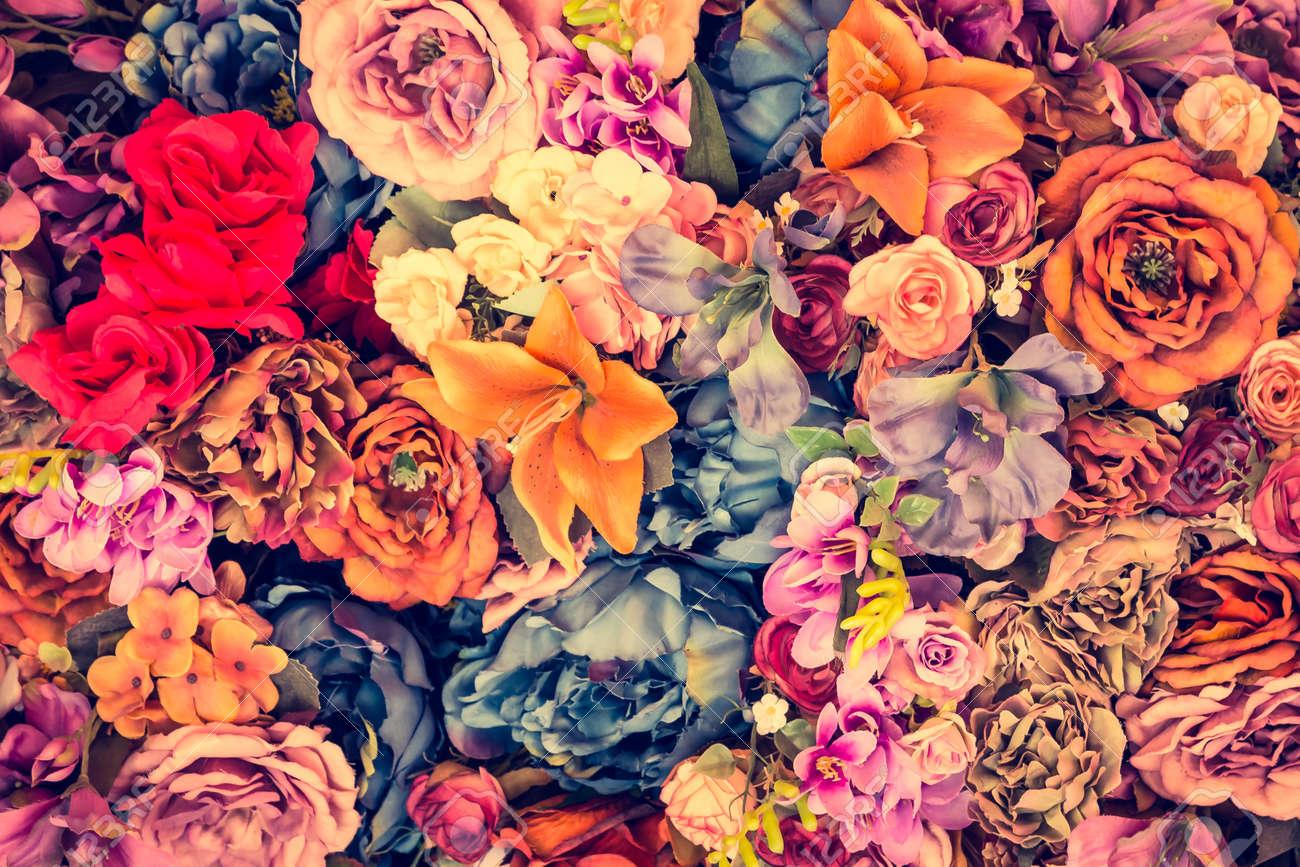 Beautiful Vintage flower background - vintage filter effect Standard-Bild - 43990020