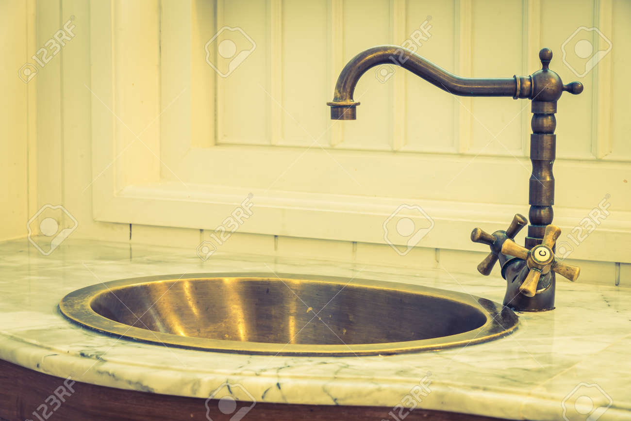 Vintage Faucet Sink - Vintage Filter Stock Photo, Picture And ...