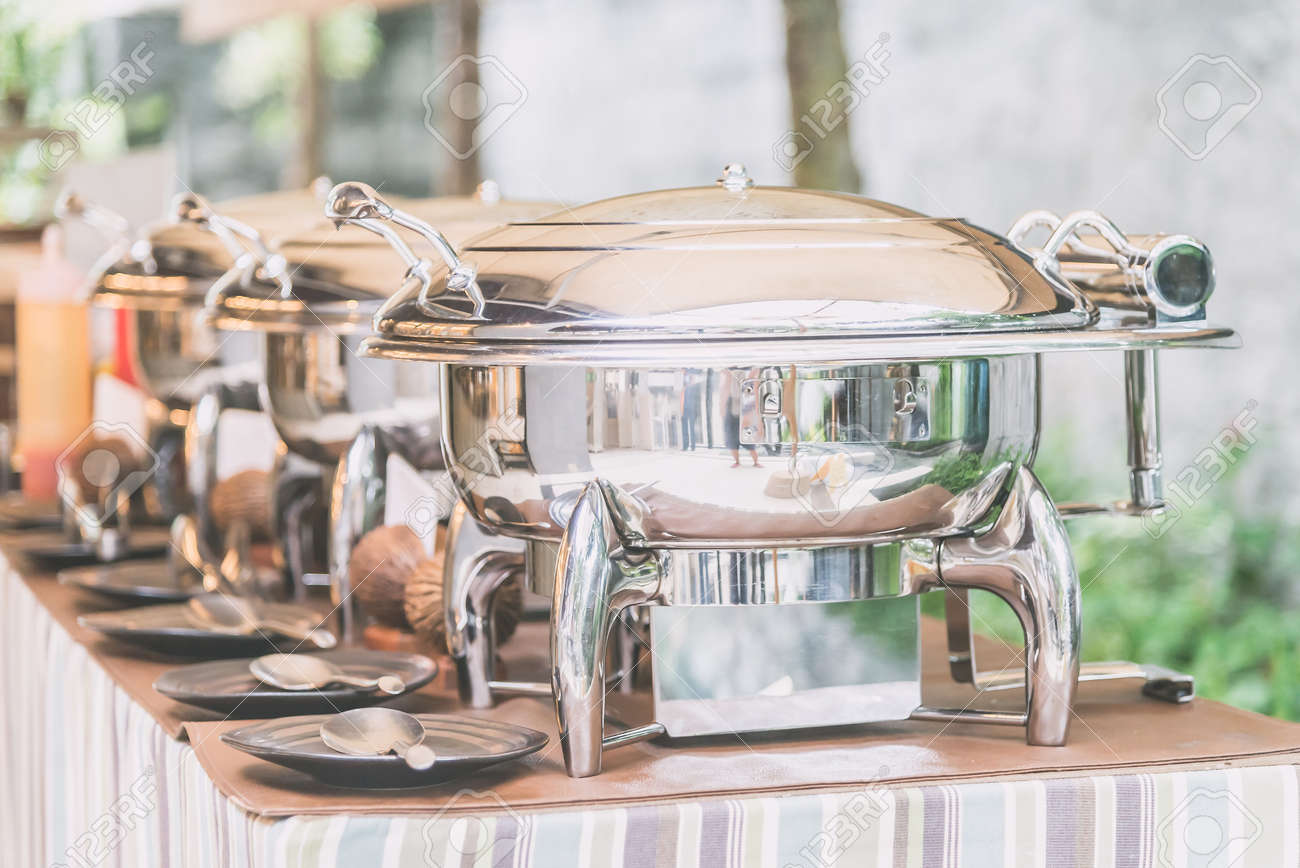 Selective focus point on Catering buffet food in restaurant - Light vintage filter effect Standard-Bild - 45259871