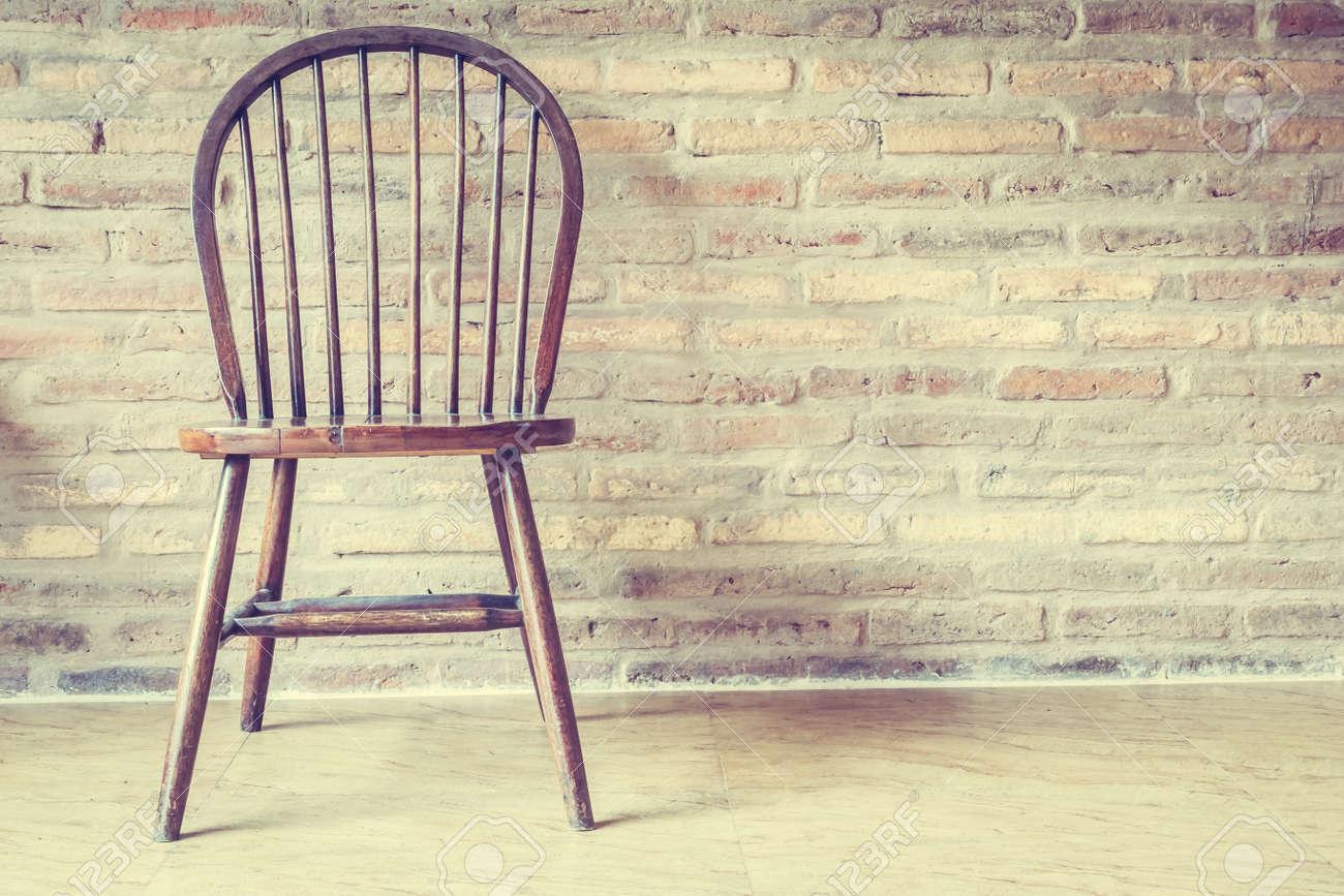 Chaise En Bois Et Decoration De Table Interieur De La Maison