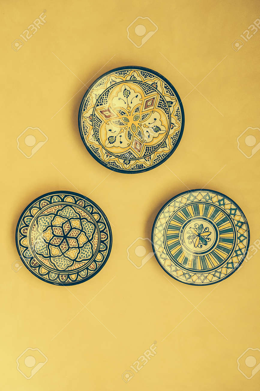 Fancy Moroccan Decorative Wall Plates Images - The Wall Art ...