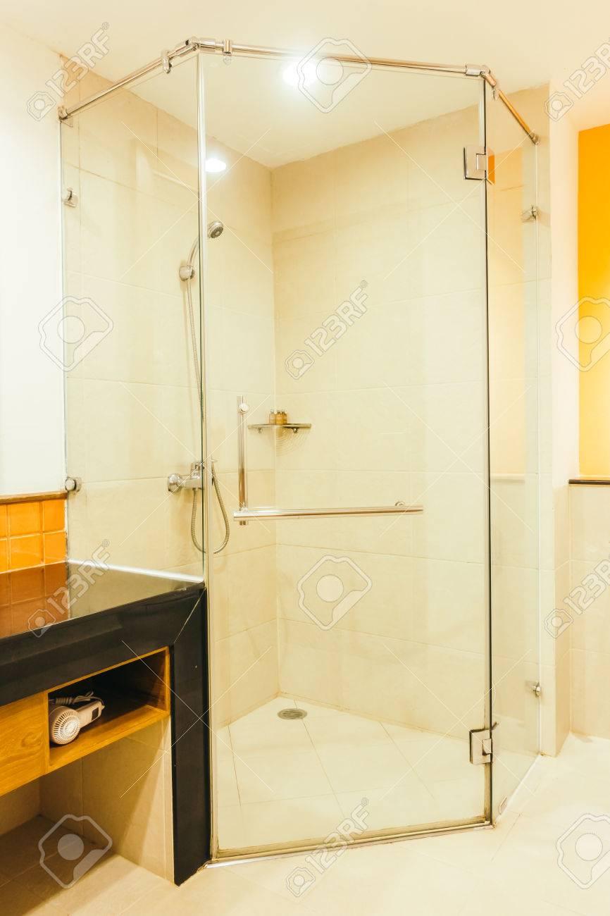 décoration de boîte de douche intérieur de salle de bain - vintage
