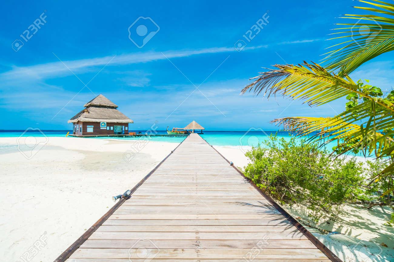 Il Bello Hotel Ed Isola Di Località Di Soggiorno Delle Maldive ...