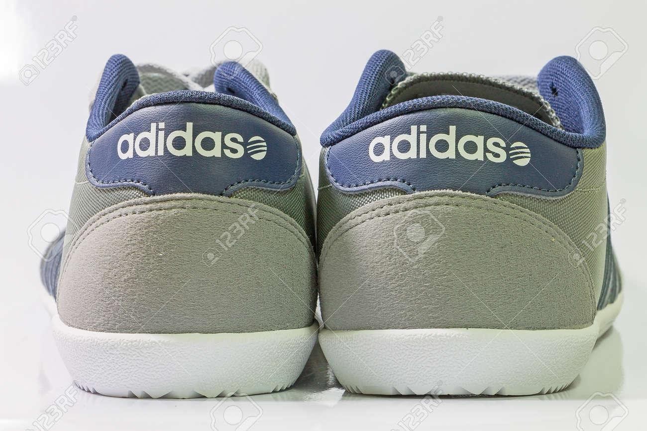 CourseFootballFormation Neo MaiThaïlande Mars2015Adidas Étiquettes ChaussuresChaussures AdidasPour Bien Le Chiang 13 Et La w0OPk8n